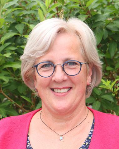 Simone Binz